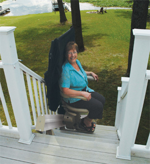 SRE-2010E Outdoor Electra-Ride Elite Straight Rail Stairlift